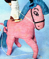 http://translate.googleusercontent.com/translate_c?depth=1&hl=es&rurl=translate.google.es&sl=en&tl=es&u=http://freevintagecrochet.com/free-toy-patterns/star90/horse-toy&usg=ALkJrhi4a1qyh8FMM-k9kxvD3QRq7PY1nQ