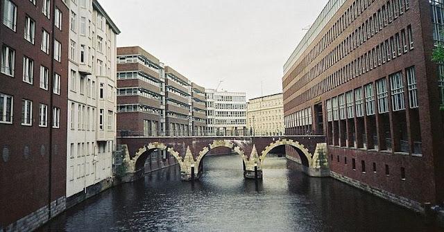 جسر+66.+ثقف+نفسك مدينة الجسور في هامبورغ