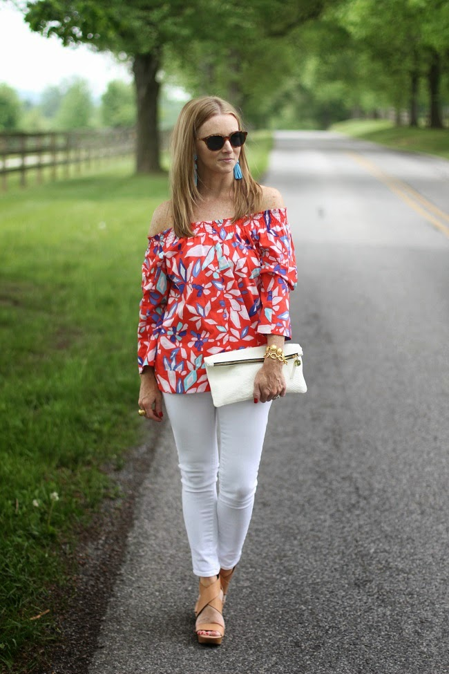 DVF off the shoulder top, what are pump shoes