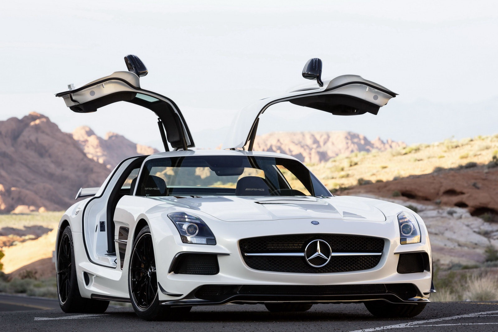 All cars logo hd mercedes benz sls amg black series for Mercedes benz e series amg