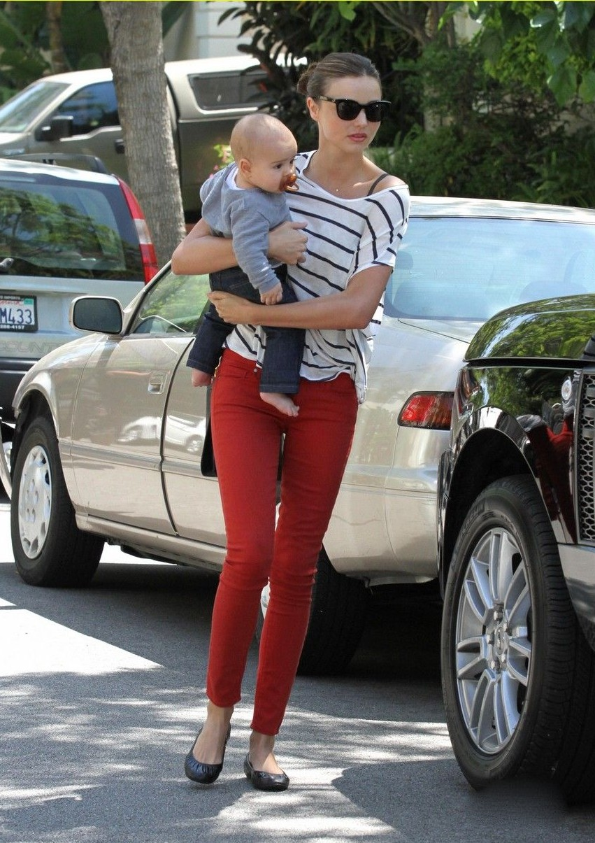 Miranda Kerr - Out In Beverly Hills With