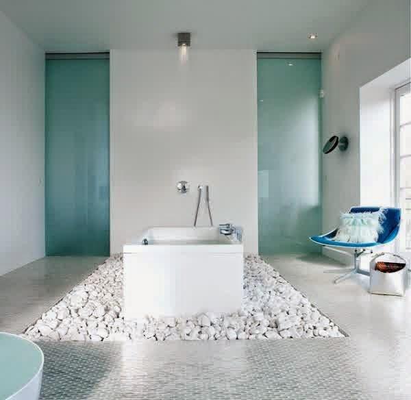 20 harmonious and fresh bathroom design ideas japanese for Bright blue bathroom ideas