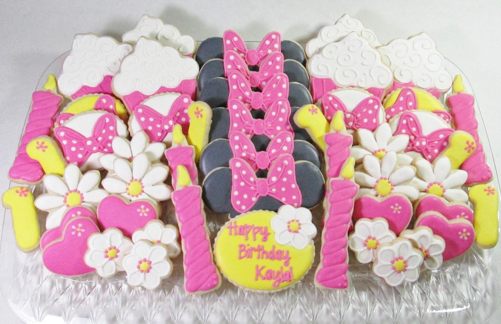 Sugar Dot Cookies: First Birthday Sugar Cookies with Royal Icing