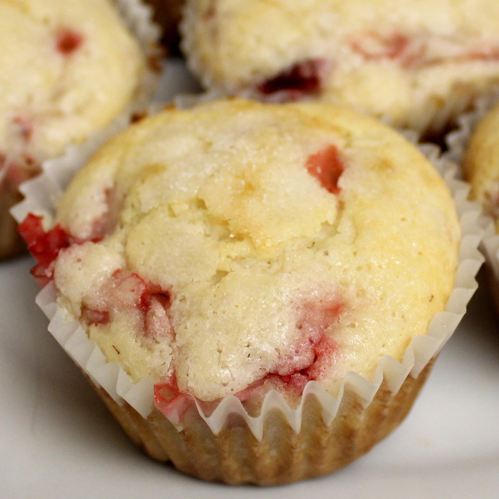 Stevens Family Adventures: Strawberry Lemonade Muffins