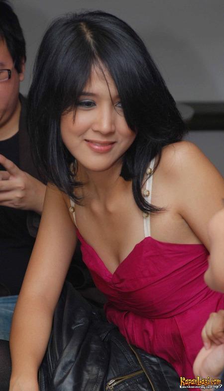 Foto-Foto Tika Putri ~ KUMPULAN FOTO FOTO