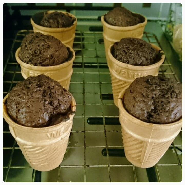baking ice cream cone cupcakes