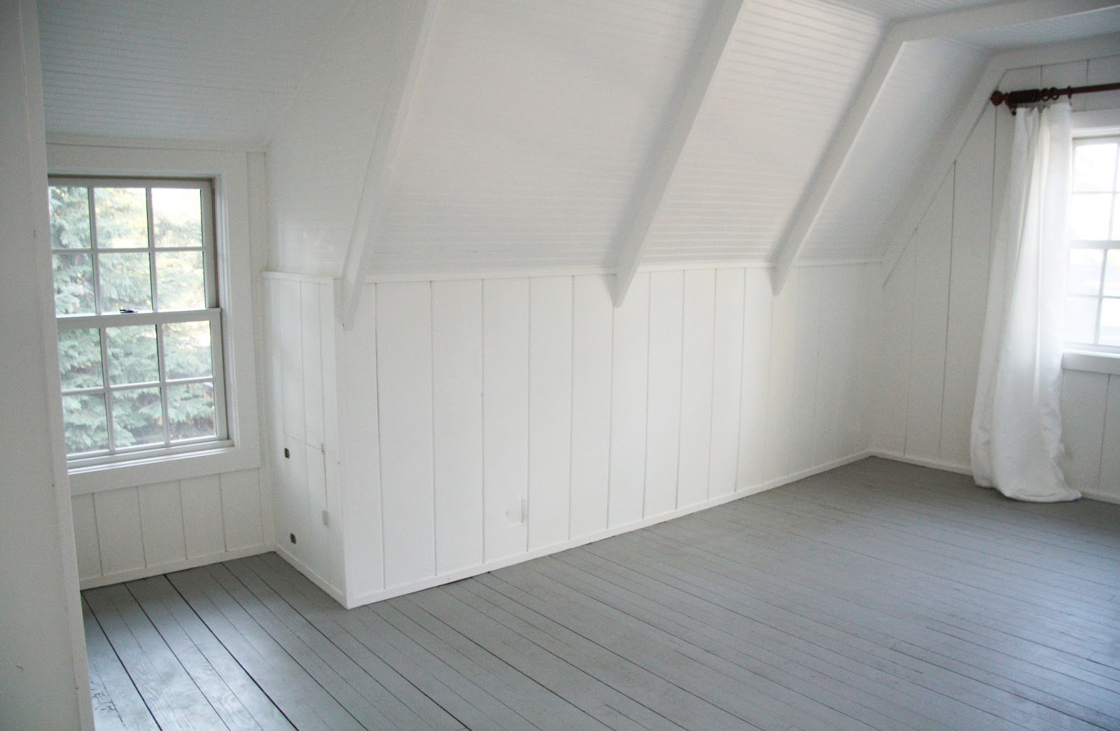 In the fields guest house windows for Best paint for wooden floors