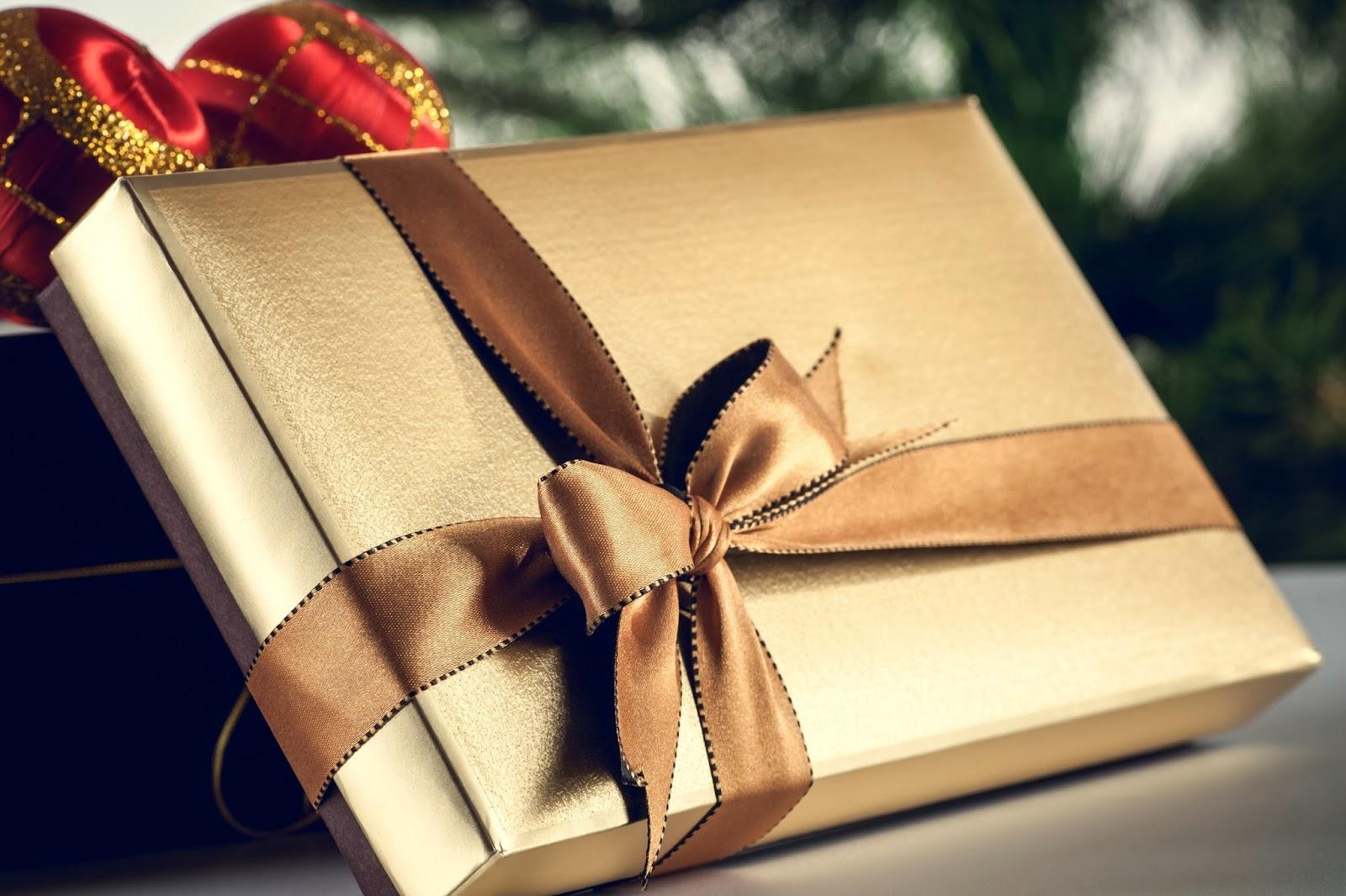 Multinotas navidad regalos envolturas for Envolturas para regalos