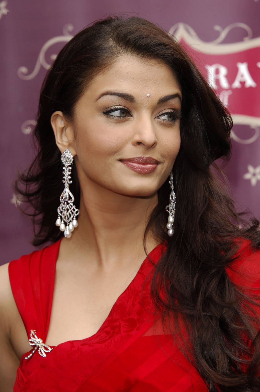 Bold Bollywood Heroines | Bold Celebrity Photos | Page 7