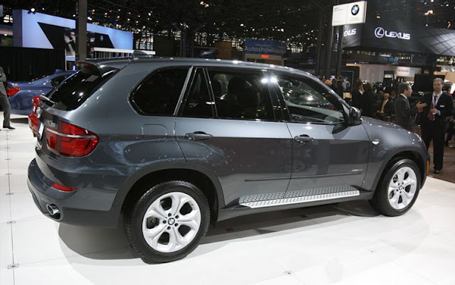 2011 BMW X5   CAR REPORT
