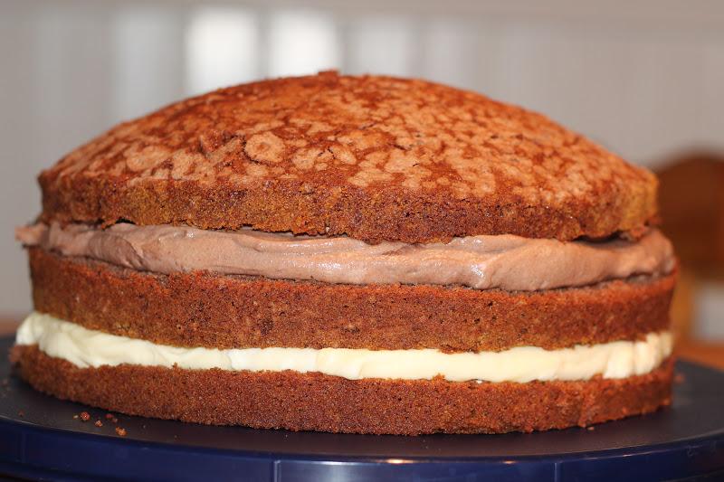 vaniljkräm tårta färdig