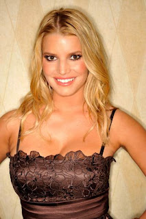 Celebrity Jessica Simpson Blonde Wavy Hairstyles
