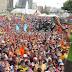 Capriles llama cobarde a Maduro