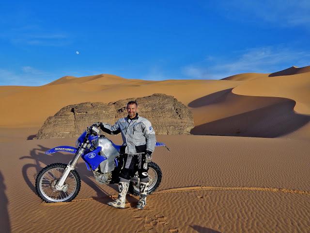 Deserto nel sud algerino (clicca e vedi il post)
