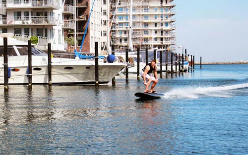 Radinn Electric Powered Surfboard