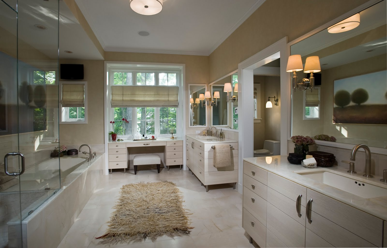 World of architecture 17 interesting bathroom designs for Amazing bathroom remodels