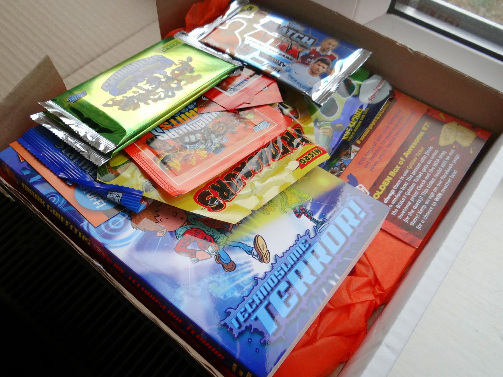 Mega Box of Awesome #7, Mega Box of OMG #5, children subscription boxes