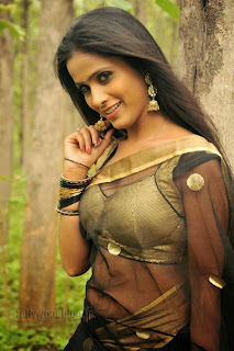 Prashanthi hot pics in sleevless blouse from her upcoming Telugu movie Anaganaga Ala Jarigindi