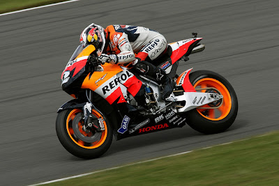 2011 Repsol Honda RC212V MotoGP Side Action View