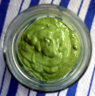 banana avocado spinach flaxseed smoothie