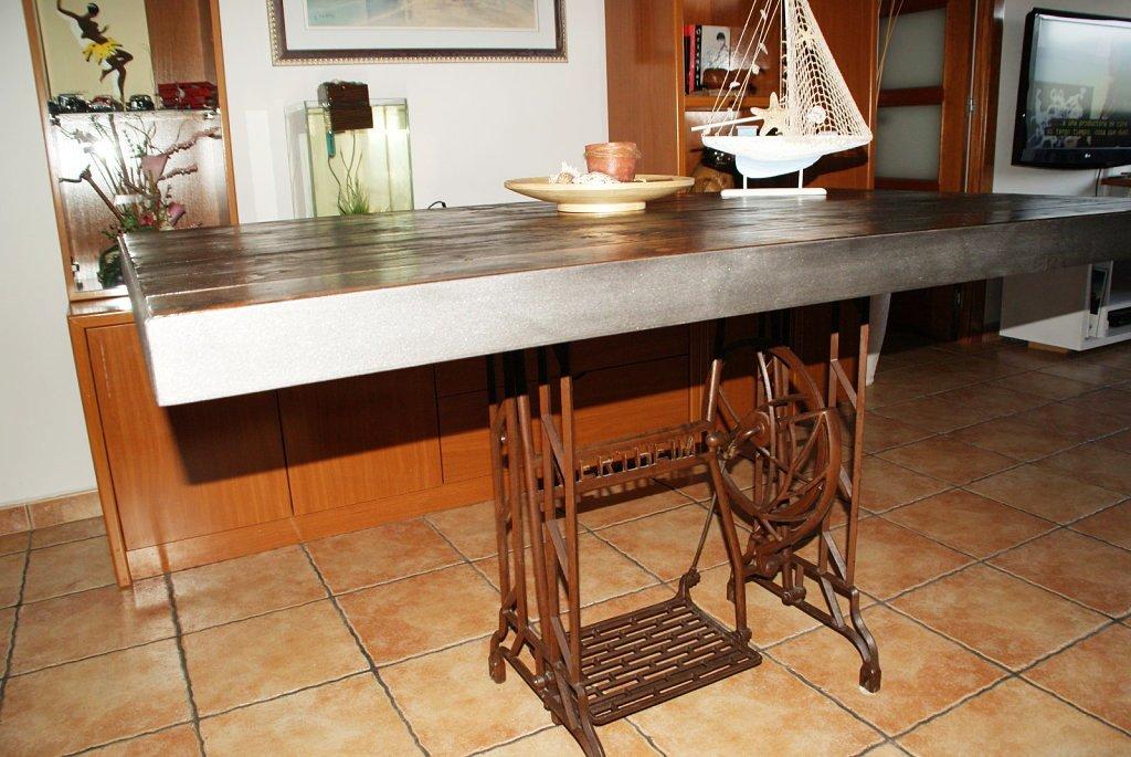 Mesas de comedor y desayunadores hechos con bases de - Mesas de comedor antiguas restauradas ...