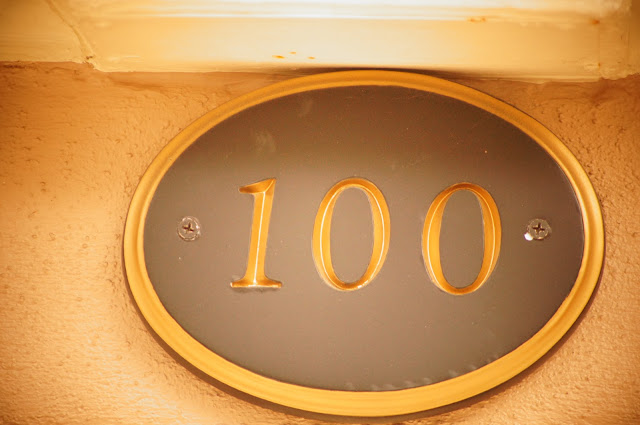 picture of house number 100