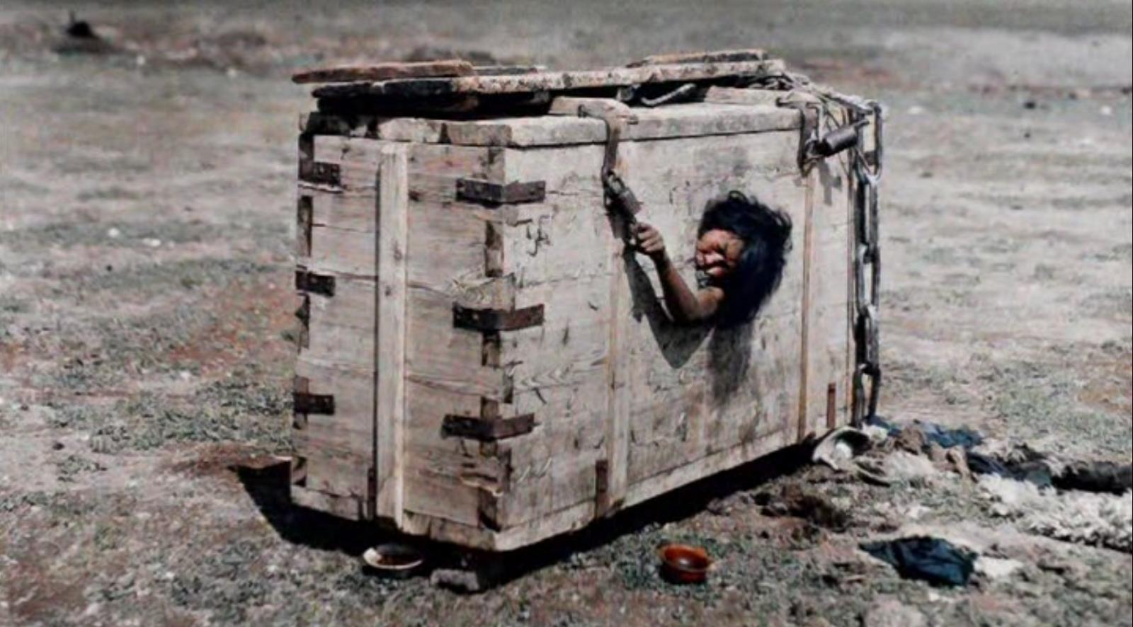 Фото казней женщин 16 фотография