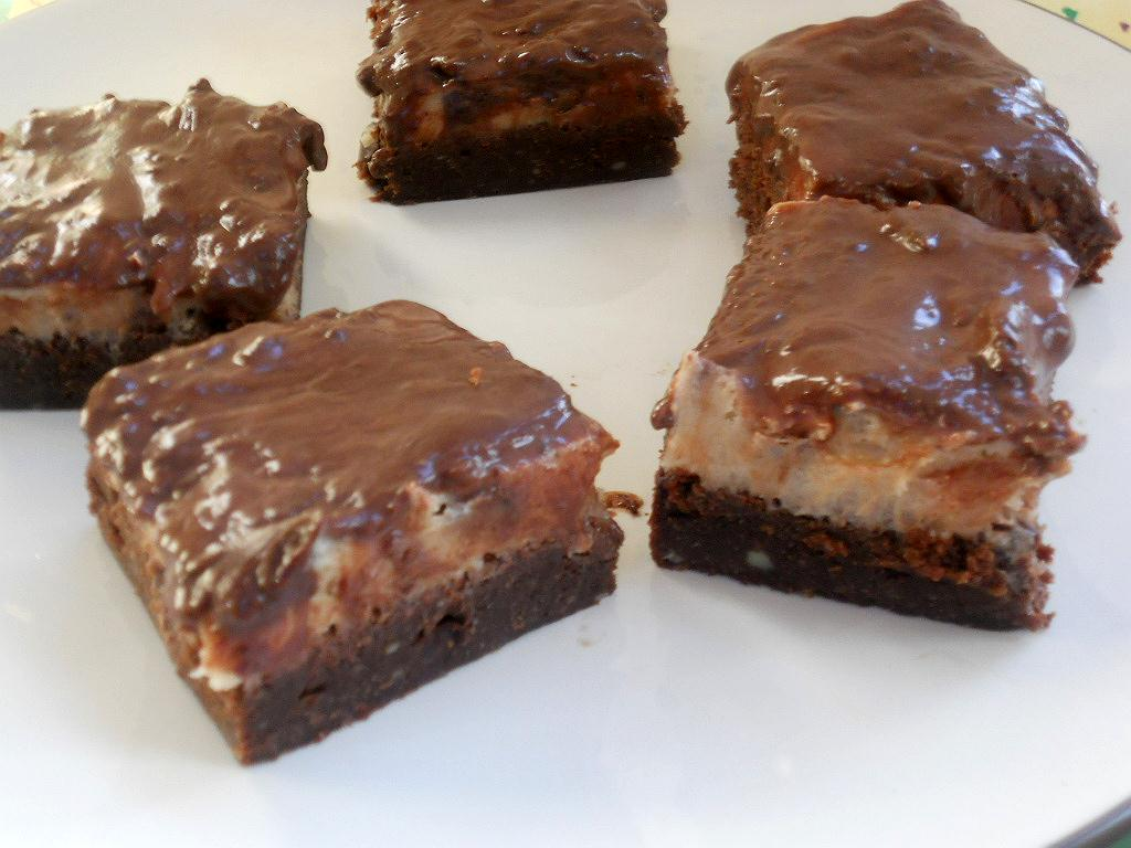 Chocolate Chip Cookie Dough Brownies: What's Baking? - Hezzi-D's Book...