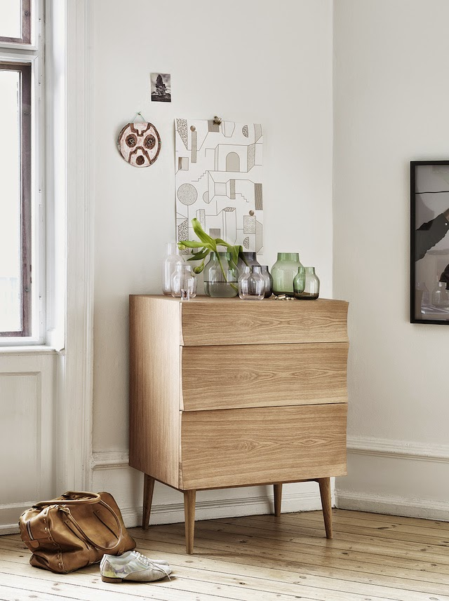 REFLECT sideboard | Glass vases  | Muuto at C-More interieuradvies.blogspot.nl