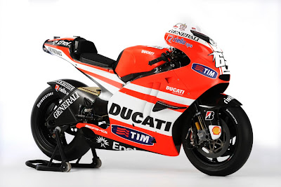 2011 Ducati Desmosedici Official Photos