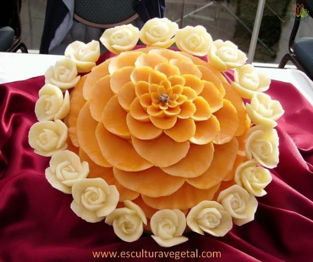 vegetablecarving281729forblog - Vegetable and Fruit Carvings