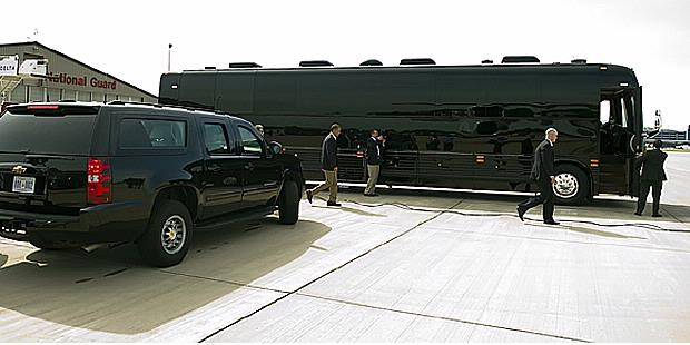 electric cars presidential bus of barack obama was manufactured by prevost of canada and. Black Bedroom Furniture Sets. Home Design Ideas
