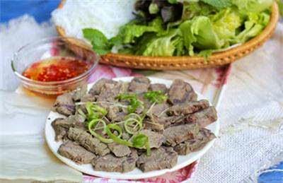 Vietnamese Food Culture - Bắp Bò Luộc Gừng Xả