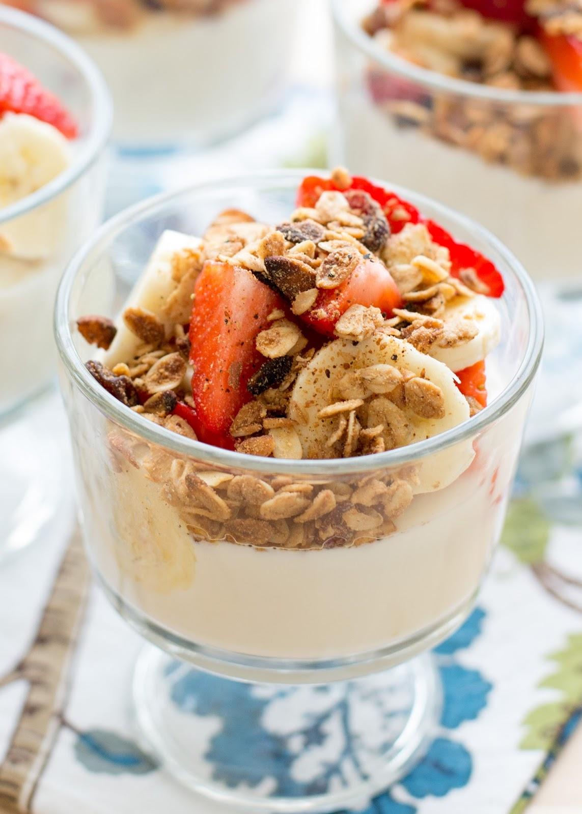 Thick, Creamy Homemade Yogurt recipe