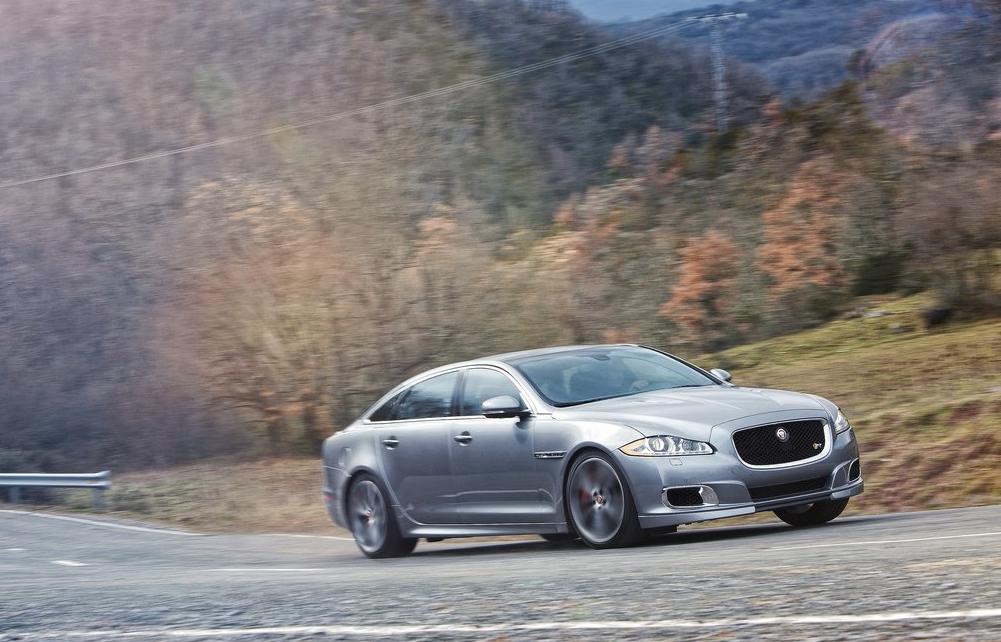 2014 Jaguar XJR grey