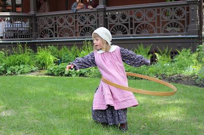 Hula hooping at Dalnavert Museum.