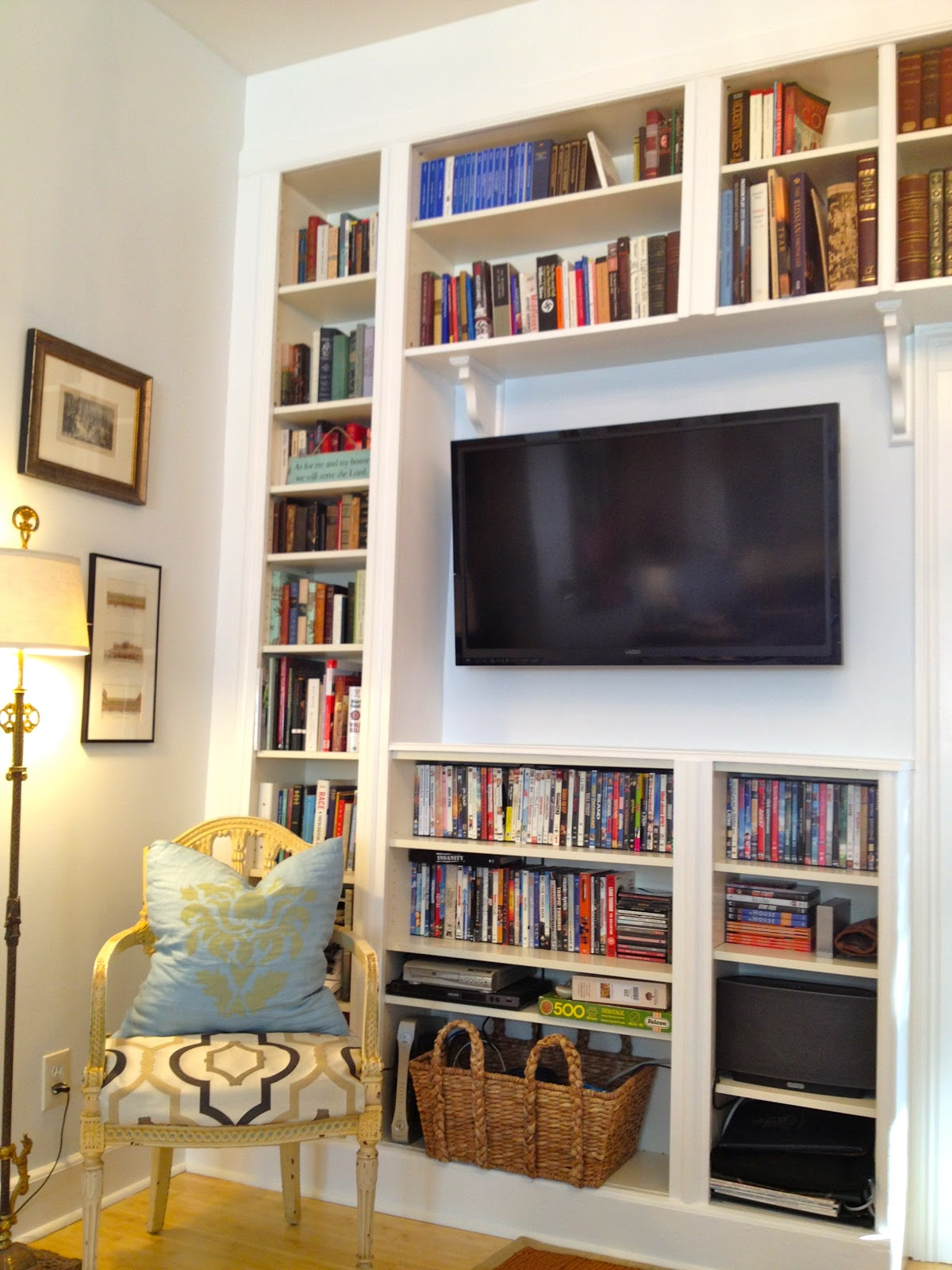 Mel & Liza Built In Bookshelves Before & After Ikea Hack  -> Ikea Wandregal Hack