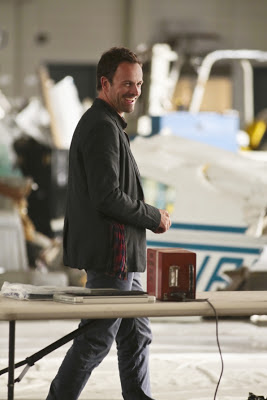 Jonny Lee Miller as Sherlock Holmes in Elementary Episode # 6 Flight Risk