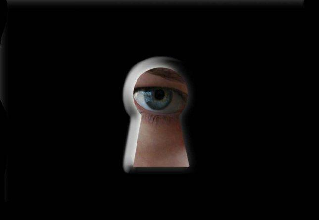 http://1.bp.blogspot.com/-HR3fQKkkCfw/TsnESEeFSHI/AAAAAAAAEOc/Ocg00XLM9Uo/s1600/espionagem.jpg