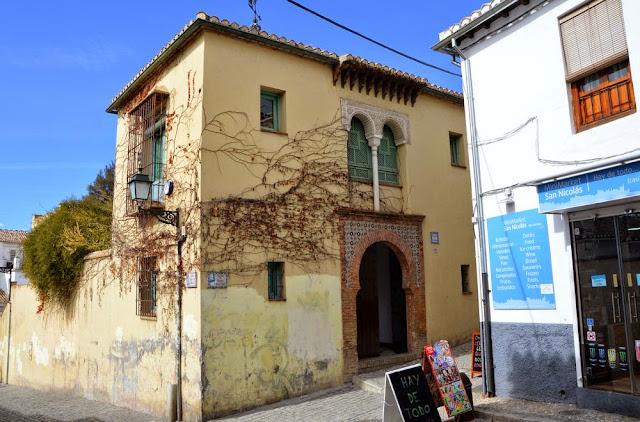 Granada i widoki z dzielnicy Albaicín