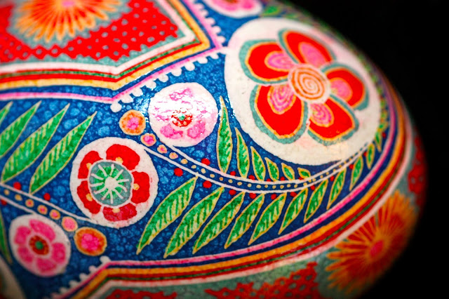Asian inspired Batiked eggshell