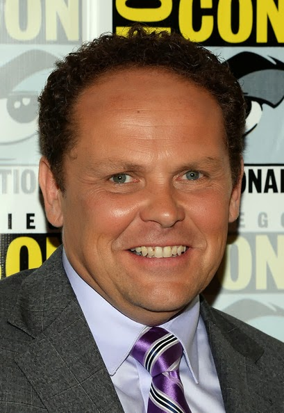 Kevin Chapman Follows Geno's World on Twitter