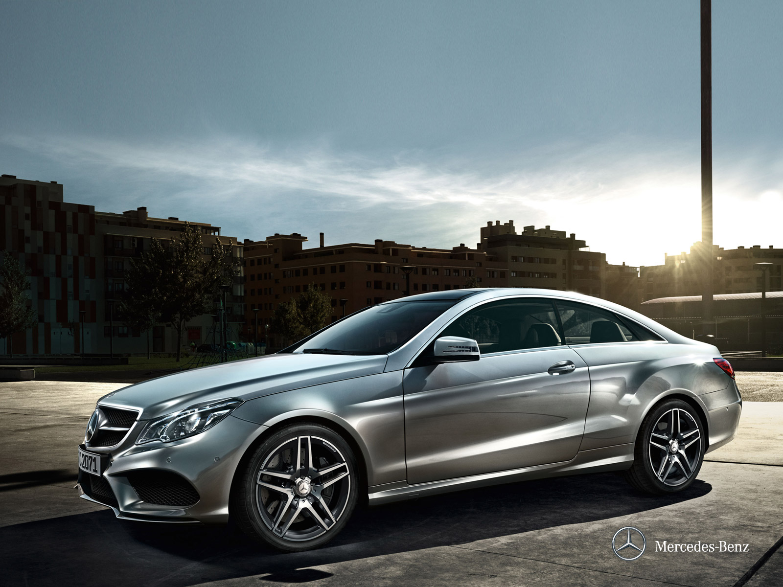 Our dream cars 2014 mercedes benz e class coupe for Mercedes benz class e