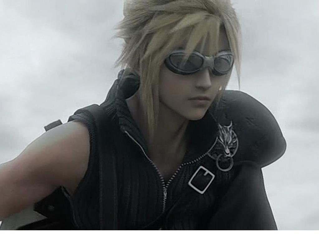 Cloud Final Fantasy Cosplay