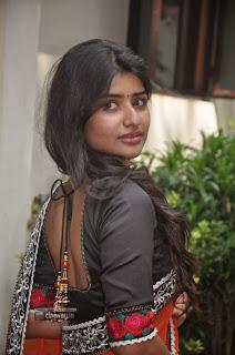 Pongadee-Neengalum-Unga-Kadhalum-Actress-Stills