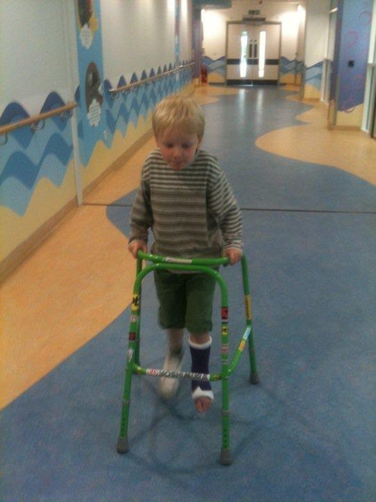 boy using walking frame http://www.madmumof7.com