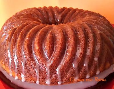 Bund Cake De Piña Colada Con Glaseado