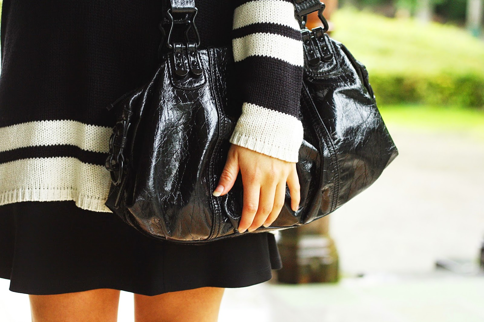 sac noir vernis esprit