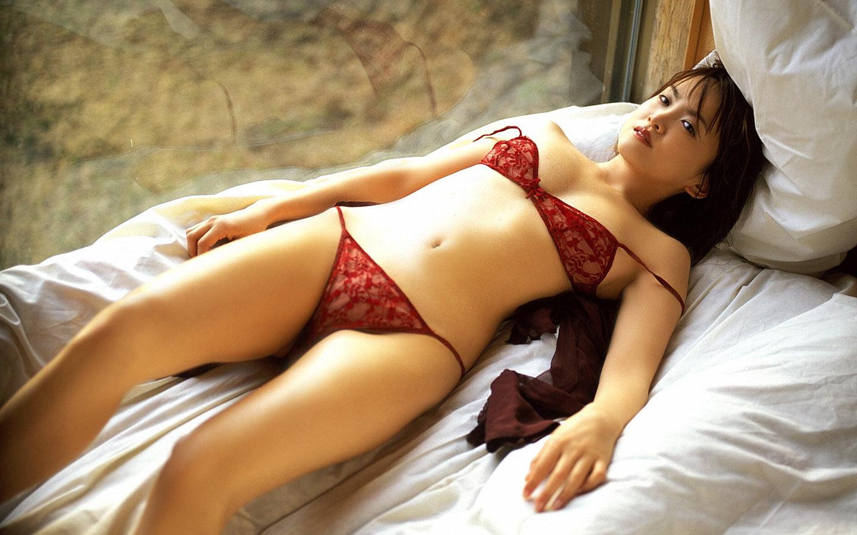 Free beautiful asian bikini wallpapers