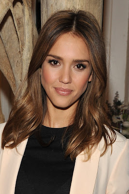 Jessica Alba Long Center Part Hairstyle Lookbook